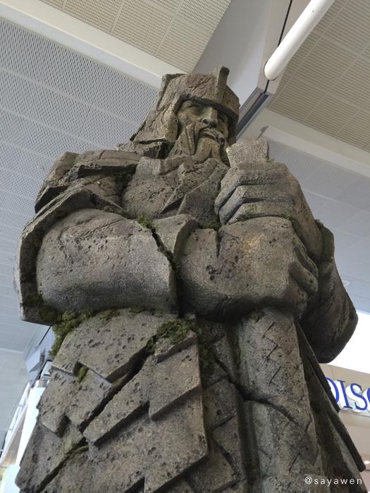 ドワーフ像
