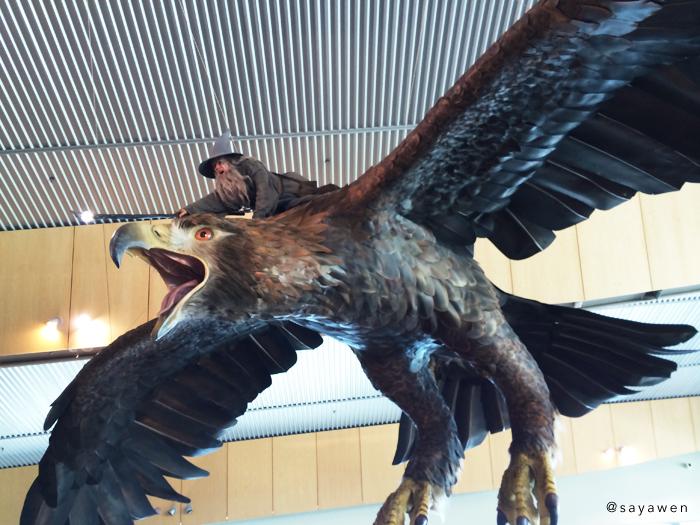 写真:ウェリントン空港に展示されている先頭をゆくガンダルフとグワイヒア